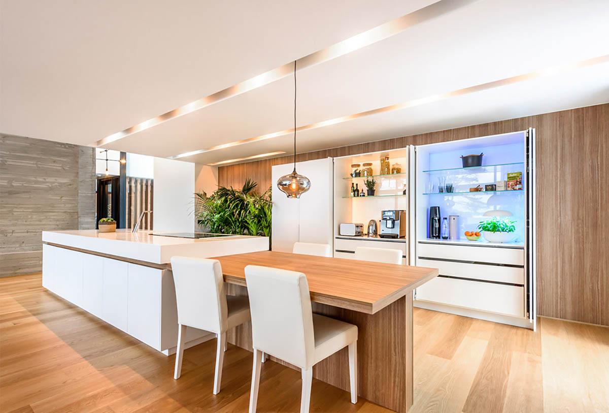 Laurin talot keittiön HAWA Concepta saksimekanismi