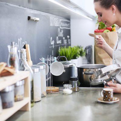 Sense-liesivahti keittiossa.